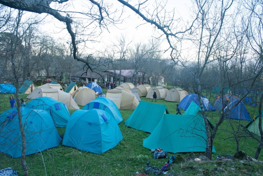campamento Tunkashila, tiendas de campaña